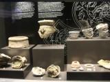 """Một số hiện vật trưng bày tại tầng hầm Nhà Quốc hội """"Những khám phá khảo cổ học dưới lòng đất Nhà Quốc hội""""(8)"""