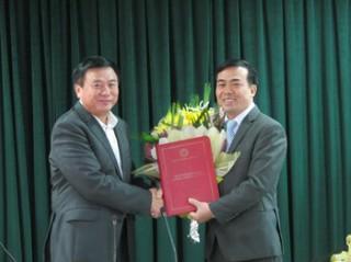 Trao Quyết định Bổ nhiệm Tổng biên tập Tạp chí Nghiên cứu Trung Quốc