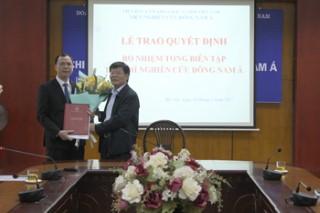 Trao quyết định bổ nhiệm Tổng biên tập Tạp chí Nghiên cứu Đông Nam Á