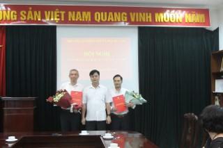 Trao Quyết định bổ nhiệm Tổng biên tập và Phó Tổng biên tập Tạp chí Khoa học xã hội Việt Nam