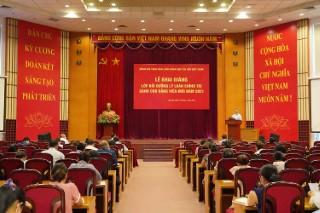 Khai giảng Lớp bồi dưỡng Lý luận chính trị dành cho Đảng viên mới năm 2021