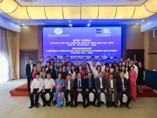 """Hội thảo """"Các mục tiêu phát triển bền vững và chiến lược phát triển kinh tế xã hội 2021-2030"""""""